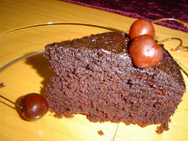 24642240 - עוגת שוקולד עם דבש ומייפל