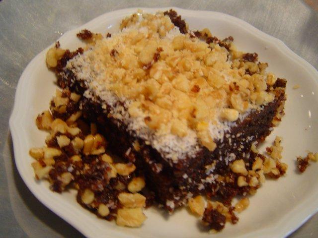 d79bd795d7a9d799d7aa d791d7a4d7a8d792 - עוגה שוקולדית עם פרג בחושה ועסיסית