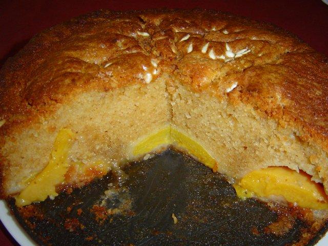 d790d7a4d7a8d7a1d7a7d799d79d d7a4d7a8d795d7a1d794 - עוגת אפרסקים בחושה מצופה בשוקולד צ'יפס לבן וקינמון