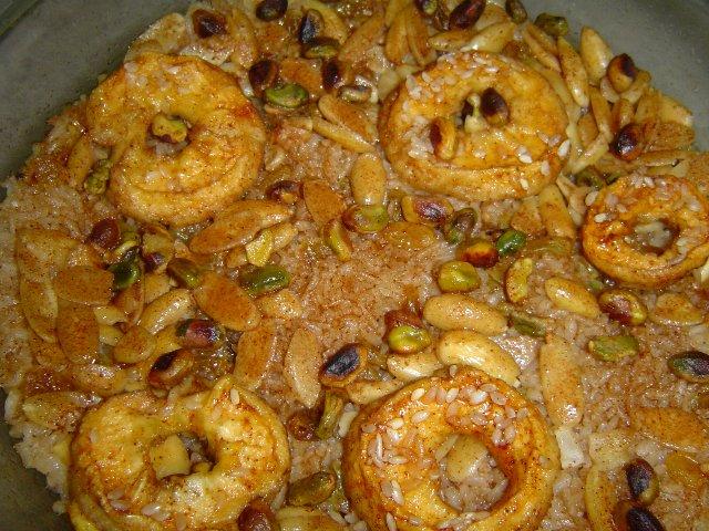 אפוי חום - אורז תפוחים קינמון דבש ורצוי....הפוך