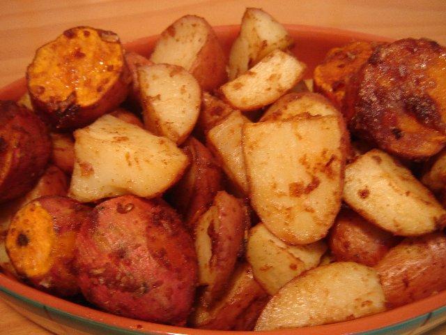 d7aad7a4d795d797 d79cd799d790d7aad799 - תפוחי אדמה בקליפה בטעם גריל