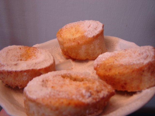 גבינה קינמוניים - סינרול גבינה וריבת חלב בניחוח קינמון