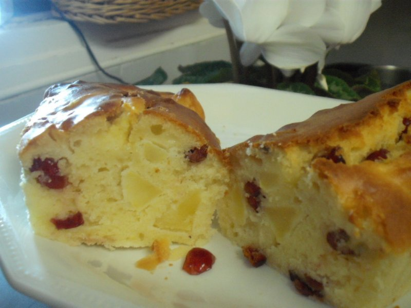 dscf4348 800x600 1 - עוגת תפוחים גבינה ופירות יבשים