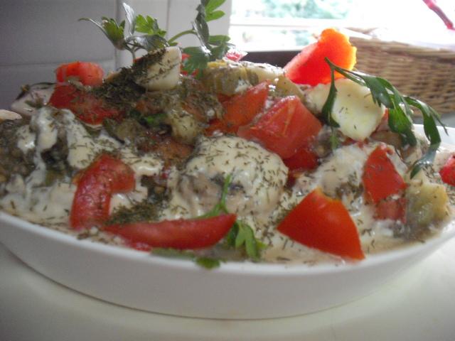 dscf5741 2 - סלט חצילים עם עגבניה טחינה ושום