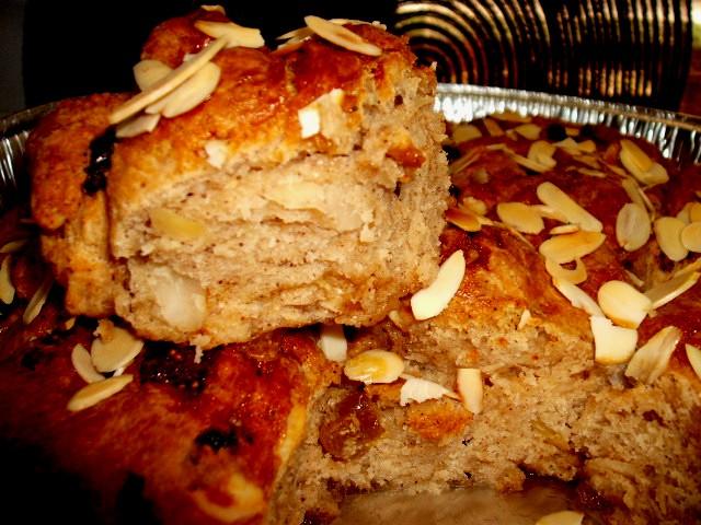 dscf63422 1 - עוגת שושנים בלי שמרים