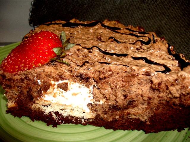 dscf7076 - עוגת מוס אגוזים וקרמבו