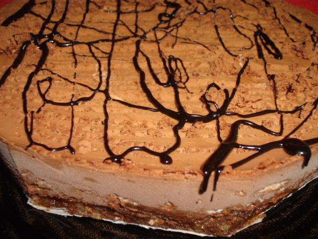 dscf7372 - עוגת שקדים ממולאת במוס שוקולד