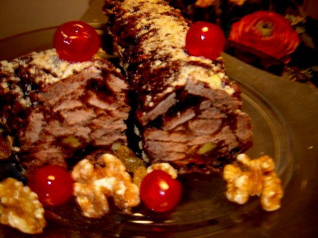 שוקולד פירות - נקניק שוקולד ופירות יבשים