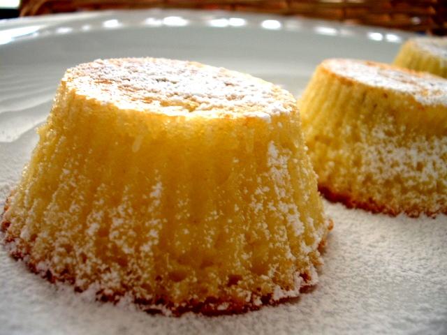 d792d791d799d7a0d794 d7a6d799d79ed795d7a7d799d79d1 - עוגות מיני גבינה ודבש