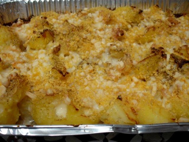 dscf8591 1 - תפוחי אדמה מעוכים עם שום ושמנת- אפוי