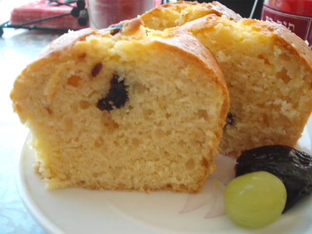 DSCF8905 - עוגת תפוזים עם שזיפים שחורים