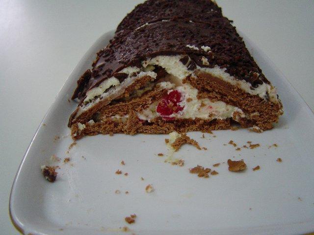 בסקויטים 3 - עוגת ביסקוויטים משולשת נוסטלגית