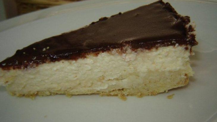 ציפוי שוקולד מרירר 800x600 730x410 - עוגת גבינה עם קרם שוקולד