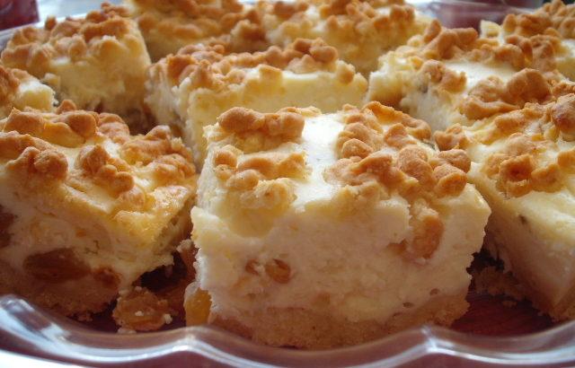 DSCF8882 640x410 - עוגת גבינה בפירורים זהובים נמסה ורכה כמו בסיפורים