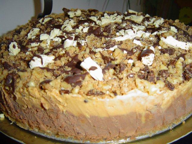kd79cd795d796 - עוגת מוס אגוזי לוז ריבת חלב וחלבה