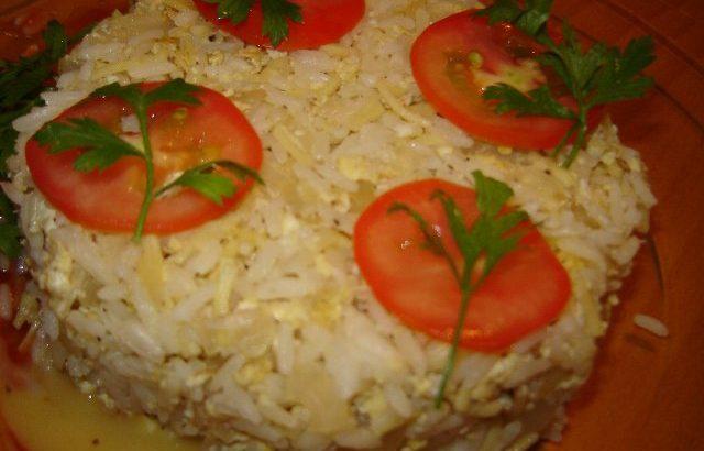 בביצים 640x410 - אורז עם ביצים מטוגן וטעים
