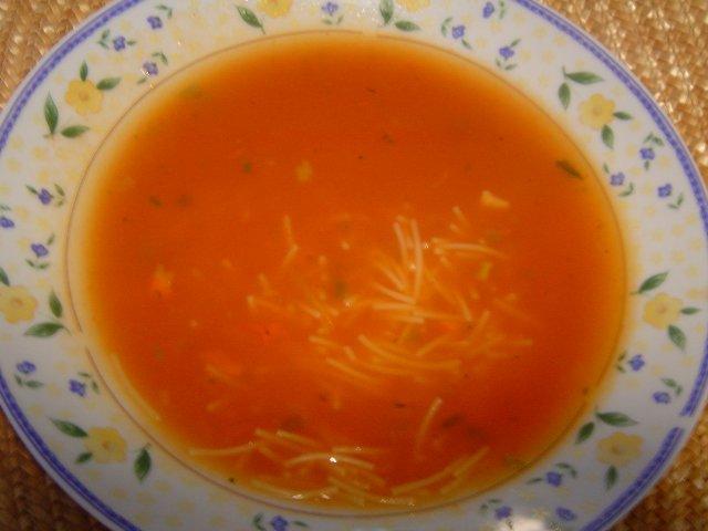 d79ed7a8d7a7 d7a2d792d791d7a0d799d795d7aa - מרק עגבניות סמיך עם גריסים ואטריות