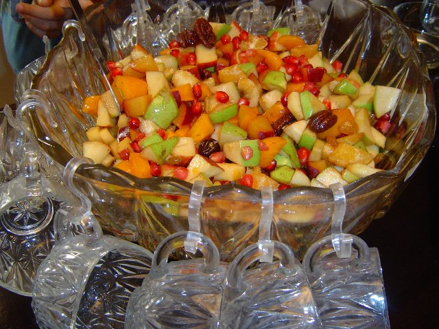 d7a1d79cd798 d7a4d799d7a8d795d7aa - סלט פירות צבעוני וחגיגי