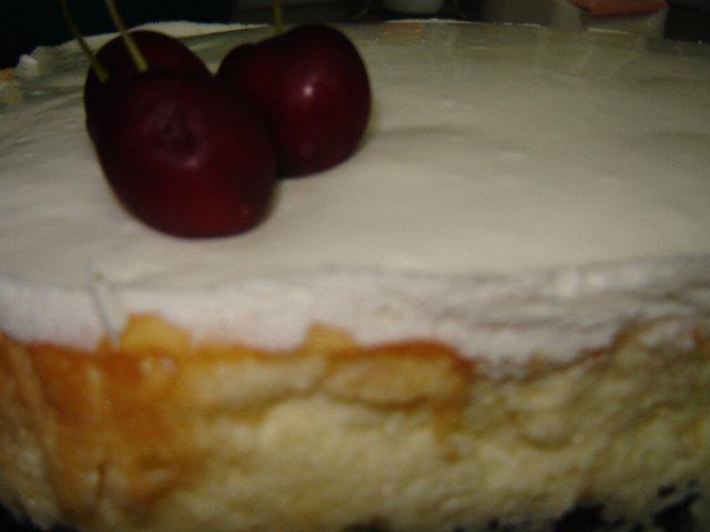 d792d791d799d7a0d794 d7a9d79ed7a0d7aa d797d79ed795d7a6d794 - עוגת גבינה אפויה-ציפוי שמנת חמוצה