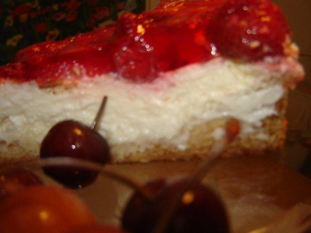 d792d791d799d7a0d794 d7a7d7a2d7a8d799d795d7aa d792d79cd799 - עוגת גבינה בציפוי תותים וג'לי